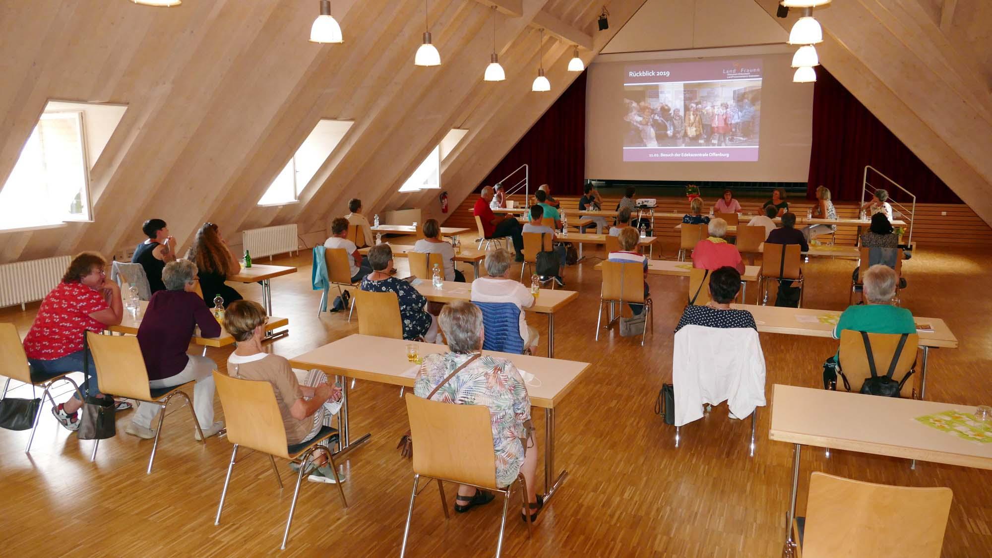 2021-7-30-ZE-UE-Landfrauen- 2021-07 JHV Landfrauen Entersbach (9)