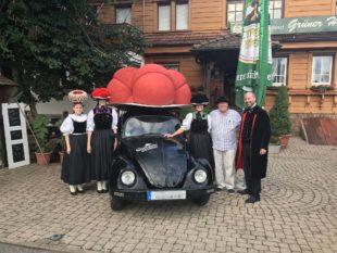 Bollenhut-Auto kam für die Kegler und Bowler