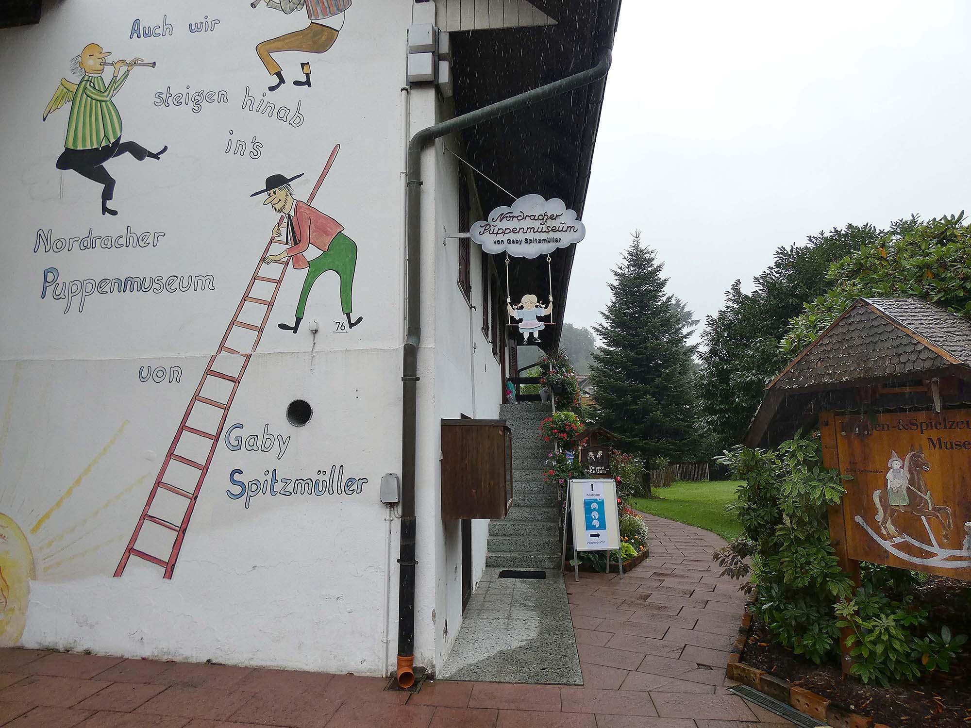 2021-9-1-NO-bia-Puppenmuseum-u-SP außen
