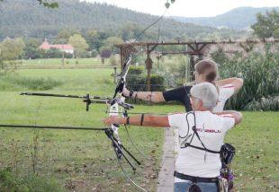 Sina Hehr und Sabine Herm fahren nach Wiesbaden