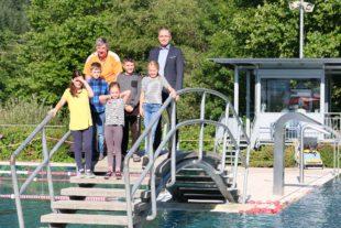 Hinter den Schwimmbad-Kulissen