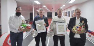 SKC Unterharmersbach ernennt zwei neue Ehrenmitglieder