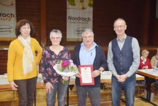 Schwarzwaldverein Nordrach macht Karl Oehler zum Ehrenmitglied